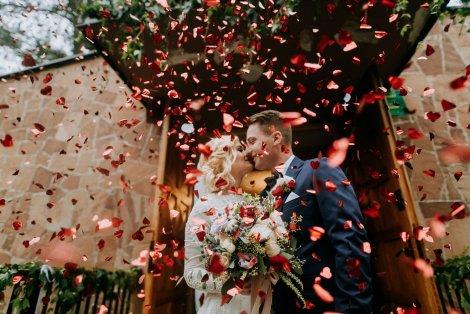reportaż ślubny, just married, para młoda, zdjęcia ślubne, fotograf ślubny, Kraków