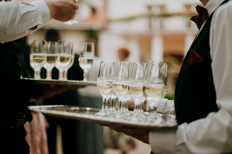 taca z szampanem