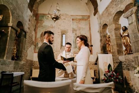 reportaż ślubny, zdjęcia ślubne w kościele, zdjęcia ślubne, fotografia ślubna kraków