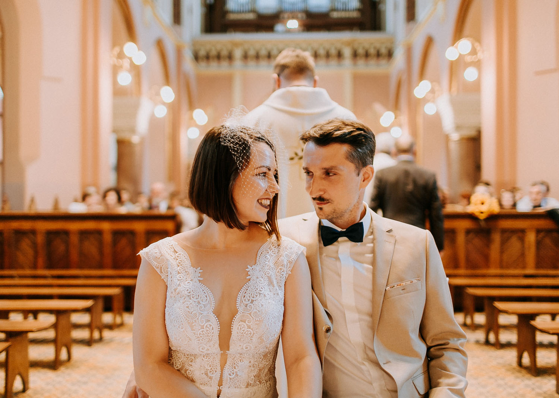 ślub martyny i marcina w kościele na podgórzu, zdjęcia ślubne kraków, www.jakubdziedzic.pl