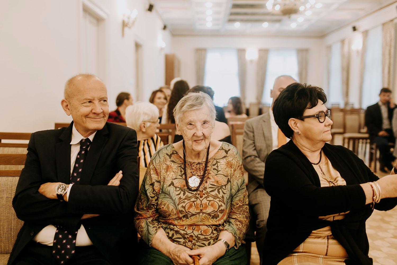 ślub Justyny i Macieja, hotel Lavender Kraków, fotograf ślubny Kraków, piekne zdjęcia ślubne w Krakowie, www.jakubdziedzic.pl